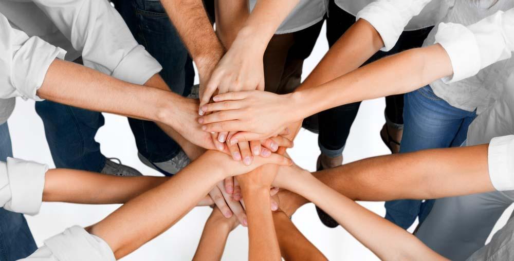 نقش ارتباطات در سازمان و نقش مدیر در این ارتباطات چیست؟
