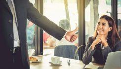 قدردانی از کارمندان در سال جدید با ۱۰ پیشنهاد عالی